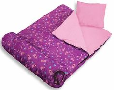 Make a homemade sleeping bag for your kids or grandchildren. It's fairly simple. Sew a matching pillowcase and then have fun sleepover parties! Compact Sleeping Bag, Best Sleeping Bag, Kids Sleeping Bags, Picnic Blanket, Outdoor Blanket, Sleepover Party, Bag Storage, Fun Activities, Boy Or Girl