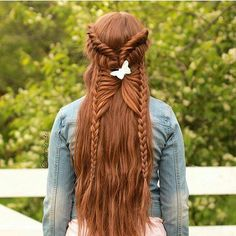 """Mi piace"": 132, commenti: 1 - Redhead Rapunzels (@very_long_red_hair) su Instagram: ""@Regrann from @ruivosdobrasil -  Muito lindo 😍😍 (By:@aurorabraids)  #ruivo #ruiva #redhair…"""