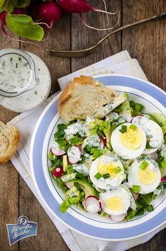 Sałatka z jajkiem i awokado Vegan Recipes, Cooking Recipes, Lunches And Dinners, Cobb Salad, Kids Meals, Potato Salad, Healthy Eating, Healthy Meals, Grilling