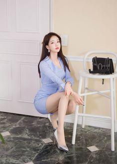 Korean Beauty, Asian Beauty, Asian Model Girl, Yu Jin, Korean Girl Fashion, China Girl, Beautiful Asian Women, Beautiful Legs, Basic Outfits