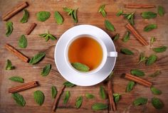 If you include cinnamon and honey tea in a healthy routine accompanied by a balanced diet and physical exercise, it can promote faster weight loss. Cinnamon Tea Benefits, Healthy Life, Healthy Living, Healthy Vegetables, Weight Loss Drinks, Balanced Diet, Stevia, How To Lose Weight Fast, Remedies