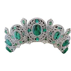 couldn't resist this contemporary Carlo Zini tiara/necklace with a belle epoque vibe