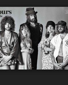 A great poster of Fleetwood Mac - Lindsey Buckingham, Stevie Nicks, Mick Fleetwood, Christine McVie, and John McVie. Need Poster Mounts. Joy Division, Pink Floyd, Beatles, Fleetwood Mac Lindsey Buckingham, John Mcvie, Members Of Fleetwood Mac, Melbourne, Sydney, The Dark Side