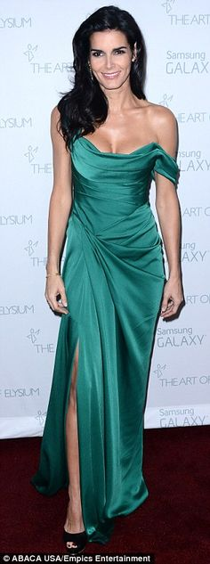 angie harmon Green goddess: Marchesa dress