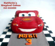 SPEEDY MCQUEEN CAKE- Kathrin's Magical Cakes