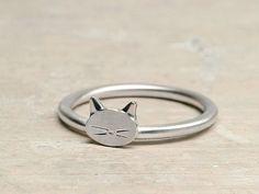 Great 20+ Cute Cat Ring Jewelry Ideas https://weddmagz.com/20-cute-cat-ring-jewelry-ideas/
