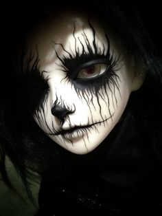 "This is Schemen (German name for ""spectre""). He is a Luts Winter Event head 2013, faceup by Sadomina. Dark Drawings, Creepy Drawings, Amazing Halloween Makeup, Ooak Dolls, Art Dolls, Makeup Jobs, Drawing Reference, Anime Warrior, Ball Jointed Dolls"