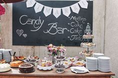 Vintage Hochzeit in Bayern von Nancy Ebert Vintage Chic, Art Quotes, Birthday Cake, Candy, Buffets, Desserts, Wedding, Ship, Food