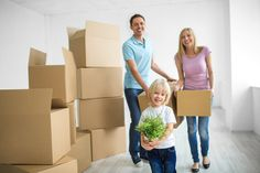 Help Moving to Greenville - Packing and Unpacking. Professional Organizer and Clutter Coach Lauren Flinte simplifies the relocation process with these 9 easy moving hacks. Best Moving Companies, Moving Services, International Movers, Boston, House Movers, Professional Movers, Relocation Services, Friday Motivation, Moving Tips