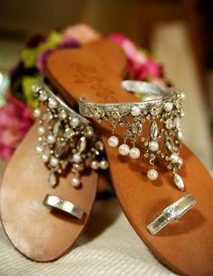 Indian wedding footwear for beach wedding #beachwedding #summerwedding #coastalwedding