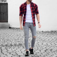 Red plaid shirt and #ripped jeans by @malikarakurt  [ http://ift.tt/1f8LY65 ]