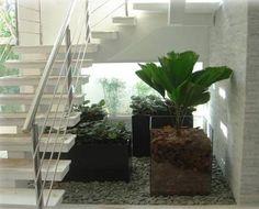 jardim de inverno embaixo da escada 8 Space Under Stairs, Open Stairs, Staircase Lighting Ideas, Staircase Design, French Architecture, Dream Garden, Stairways, Home Art, Planting Flowers