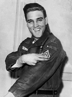 American rock and roll singer Elvis Presley smiles after he is promoted to army sergeant at the U. Army Unit's maneuver headquarters in Grafenwoehr, Germany on Feb. Presley is promoted to the NCO rank in the Battalion, Armor Regiment, Armored Division. Lisa Marie Presley, Priscilla Presley, Elvis Presley Army, Elvis Presley Photos, Graceland, Rock And Roll, Stars Du Rock, Are You Lonesome Tonight, Elvis Memorabilia