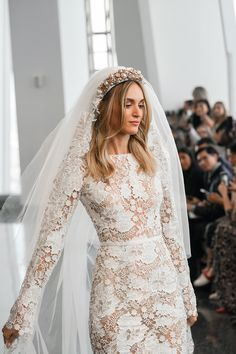 Buckle up as we break down our top 8 chic 2020 wedding dress trends that expand on empowerment and individuality with a return to some classic bridal roots. Chic Wedding Dresses, Luxury Wedding Dress, Country Wedding Dresses, Wedding Dress Trends, Princess Wedding Dresses, Wedding Dress Styles, Bridesmaid Dresses, Ball Dresses, Ball Gowns