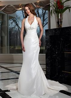 Da Vinci Wedding Gown ~ Pop that Collar! Great for a Vagas Wedding ~ Lasting Impressions Sioux Falls, SD