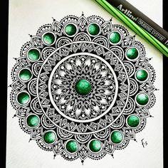 "1,804 Likes, 18 Comments - ⭐ Featured Mandalas ⭐ (@manda.la.la) on Instagram: ""Awesome!! ❤️❤️ Follow: @manda.la.la artist: @blackmandalalover . . #mandala #sacredgeometry #art…"""