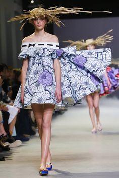 Viktor&Rolf Couture Spring Summer 2015 Paris - NOWFASHION