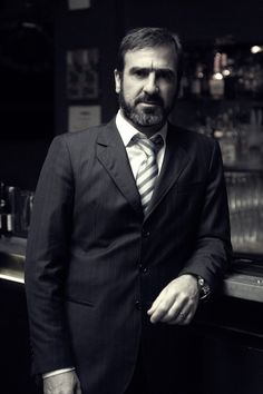 """""""The best dressed football players of all time"""" Best Football Team, Football Players, Eric Cantona, Premier League Champions, Hard Men, Manchester United Football, Sport Icon, Sexy Girl, Man United"""