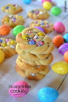 'Italian Easter Bread' Cookies by Cakeyboi bread ideas 'Italian Easter Bread' Cookies by Cakeyboi Easter Snacks, Easter Treats, Easter Recipes, Holiday Recipes, Easter Food, Easter Desserts, Easter Bunny, Easter Dishes, Spring Desserts
