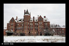 Buffalo, NY Mental Hospital built according to the Kirkbridge (a well known psychiatrist) plan. It is an imposing building in the Romanesque style.  Opened in 1895, it was closed in 1974.