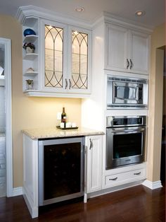 kitchen floors and cabinets travertine backsplash with bone white cabinets amp crema 4868