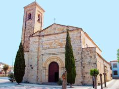 Iglesia de Santa María La Mayor Torreperojil Jaén - Buscar con Google Andalusia, Kirchen, Notre Dame, Temple, Spain, Iglesias, Explore, Country, Building