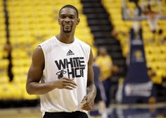 Chris Bosh will be staying in Florida thanks to a five-year, $118M deal with the #Heat --> http://yhoo.it/1mHtnmx #NBA #Sports #Basketball