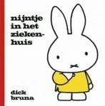 Nijntje in het ziekenhuis - Dick Bruna - 9789073991873 Miffy, I Cool, Charlie Brown, Tent, Hello Kitty, Entertaining, Books, Kids, Fictional Characters
