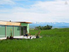 Échale un vistazo a este increíble alojamiento de Airbnb: Shipping Container Home - Casas en alquiler en Livingston