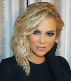 Khloe Kardashian make up