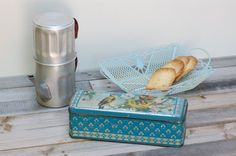 French charming metal box with blue birds by Frenchvintagecharm