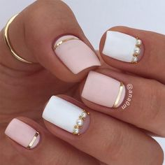 Perfect nude + rose gold nails for fall! What do you ladies think?