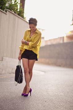 yellow button down, black shorts, bright pumps