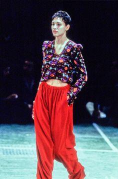 Comme des Garçons Fall 1994 Ready-to-Wear Collection Photos - Vogue