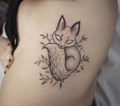 Little fox tattoo on ribs by LazerLiz
