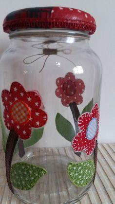 Jar Crafts, Easter Crafts, Diy And Crafts, Crafts For Kids, Painting Glass Jars, Bottle Painting, Mason Jar Gifts, Mason Jars, Decoupage Jars