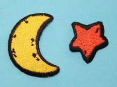 ID #0846AB Star & Cresent Moon Embroidered Iron On Applique Patch Lot of 2 #Unknown
