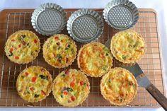 Celebration Treats 4U: Pienet Quichet: Pekoni-juusto ja Salami-paprika Quiche Lorraine, Celebration, Muffin, Pie, Treats, Breakfast, Food, Pizza, Torte