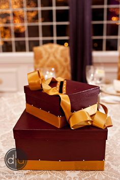 2 tier wine card box with pearl accents