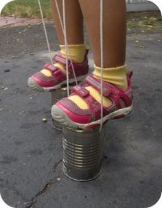 Tin can stilts. Memories from a poor childhood 👍😉 Summer Crafts For Kids, Georgia On My Mind, Childhood Days, Sweet Memories, Old Toys, The Good Old Days, Vintage Toys, Retro Toys, Vintage Stuff