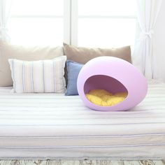 a modern take on a pet bed - would love this in my room!