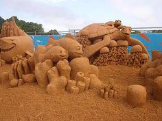 sand sculpture otter - Google Search