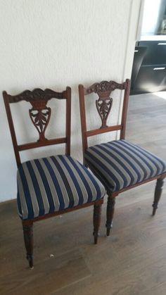 Engelse stoeltjes eind 1800 for sale E100 for the pair