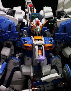 GUNDAM GUY: 1/35 EX-S Gundam - Painted B... : 1/35?デカイ!海賊版?無許可?事情は知らんが香港のガンダムガレージキットが凄... - NAVER まとめ Gunpla Custom, Mecha Anime, Custom Paint Jobs, Gundam Model, Mobile Suit, My Collection, Building, Badass, Design