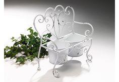 Artikeldetails:  Dekorative Pflanzenbank in Form einer Bank, Mit zwei Pflanztöpfchen,  Maße:  Maße (B/T/H): 34/15/34 cm,  Material/Qualität:  Aus stabilen Metall,  ...