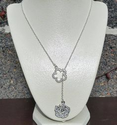 Silver flower lariat necklace/ Flower necklaces/ by ILoveBeads247
