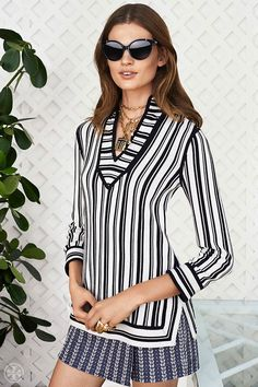 High-contrast navy and ivory | Tory Burch Spring 2014