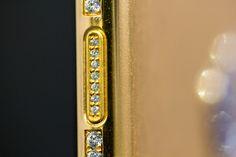 VVS1 diamonds in buttons