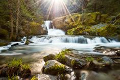 4 Tips for Shooting Drop Dead Gorgeous Waterfalls - Digital Photography School
