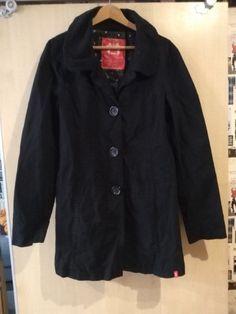 Rain Jacket, Windbreaker, Leather Jacket, Jackets, Fashion, Studded Leather Jacket, Moda, Leather Jackets, Fasion